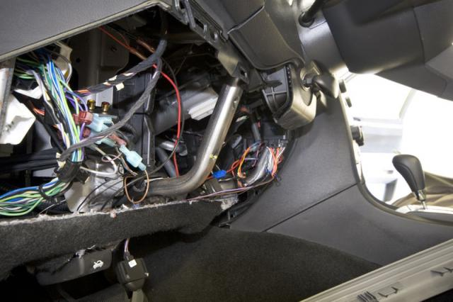 backup camera installation in a Chrysler 300