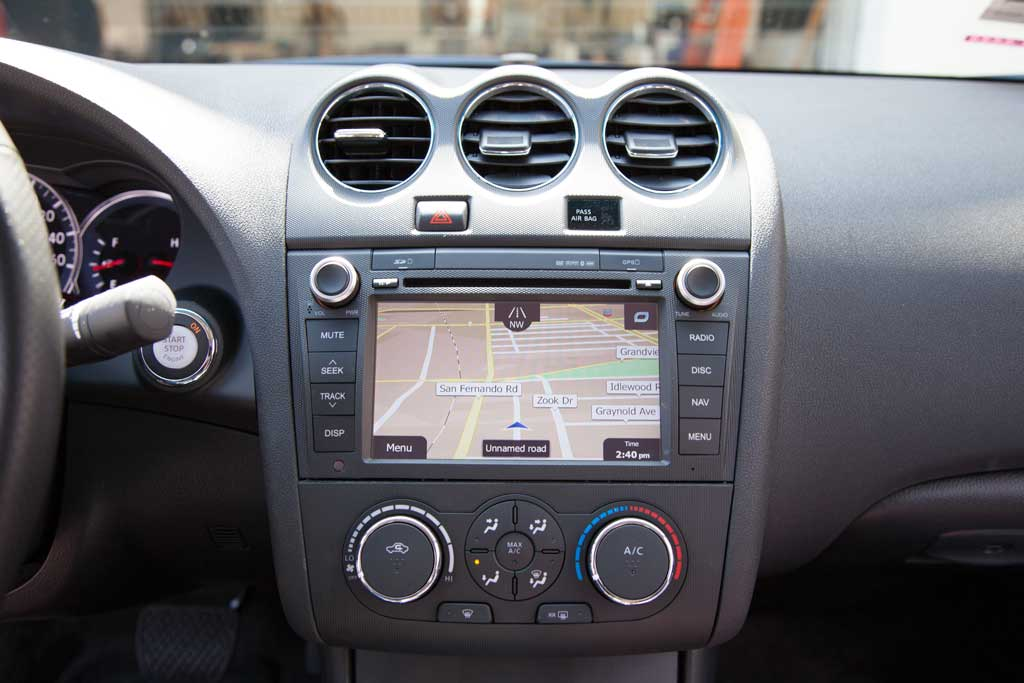 Rosen CS-ALTI13-US Navigation for Nissan Altima – Installed